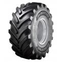 VT COMBINE Bridgestone - Les pneus premium VT-COMBINE vont devenir les partenaires incontournables pour les agriculteurs et les opérateurs saisonniers pendant la moisson, lorsque chaque minute compte. Ils sont d'une efficacité incomparable quelles que soient les conditions et supportent des charges plus élevées tout en préservant la plus précieuse des ressources : des sols fertiles.